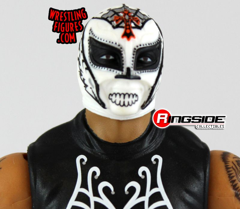http://www.ringsidecollectibles.com/Merchant2/graphics/00000001/elite24_rey_mysterio_pic2.jpg