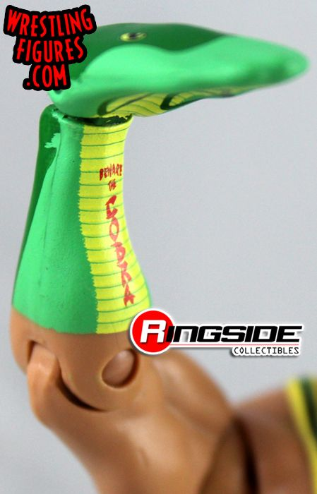 http://www.ringsidecollectibles.com/Merchant2/graphics/00000001/mfa30_santino_marella_pic3.jpg