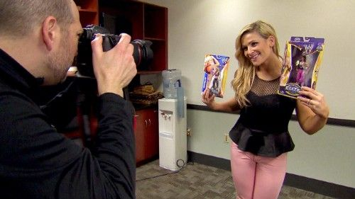 Natalya with her Mattel WWE Series 42 figure and Bret Hart's Mattel WWE WrestleMania 30 Elite on Total Divas!