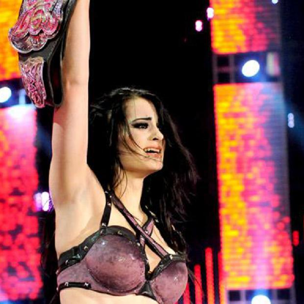 Paige first captures the WWE Diva's Championship!