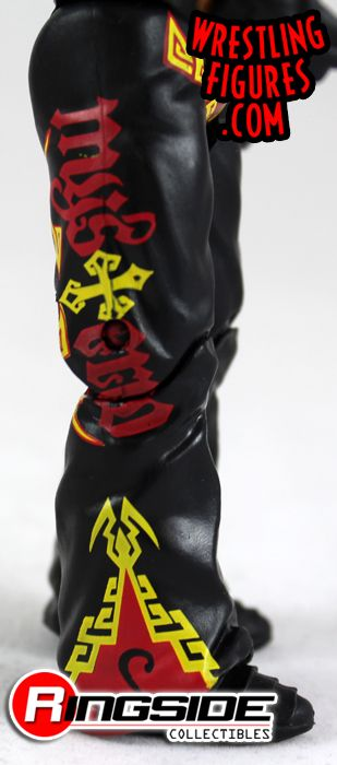http://www.ringsidecollectibles.com/mm5/graphics/00000001/mfa40_rey_mysterio_pic3.jpg