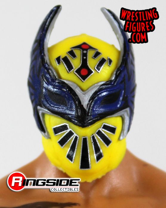 http://www.ringsidecollectibles.com/mm5/graphics/00000001/mfa62_sin_cara_pic2.jpg